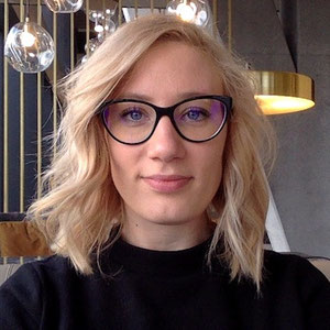 Autumn riley short hair and glasses solo revenue
